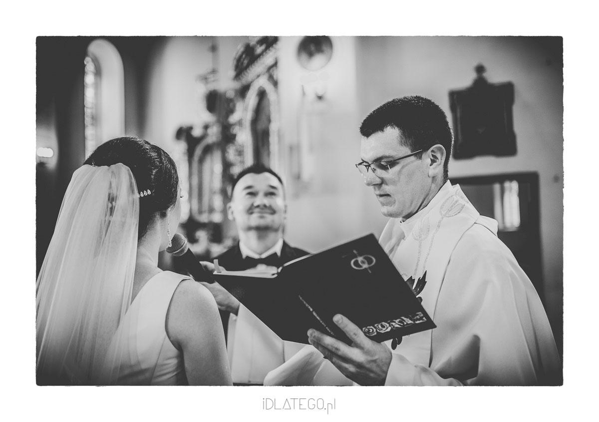 Fotografia ślubna: Ania i Przemek Fotoreportaż ślubny (019)
